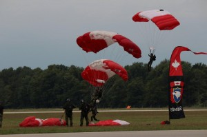 The SkyHawks - Canadian Forces Parachute Team